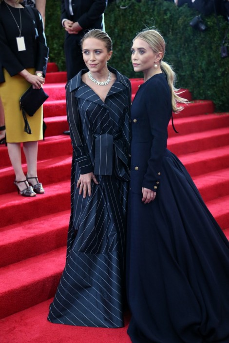 Mary Kate and Ashley Olsen in vintage Chanel
