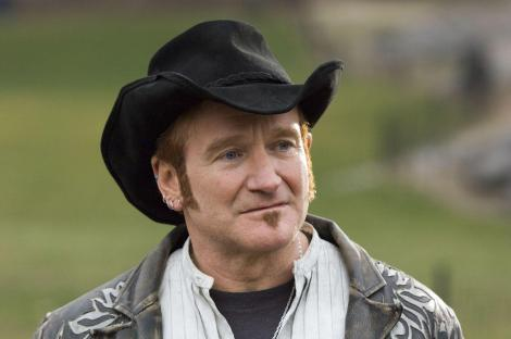 still-of-robin-williams-in-august-rush-(2007)